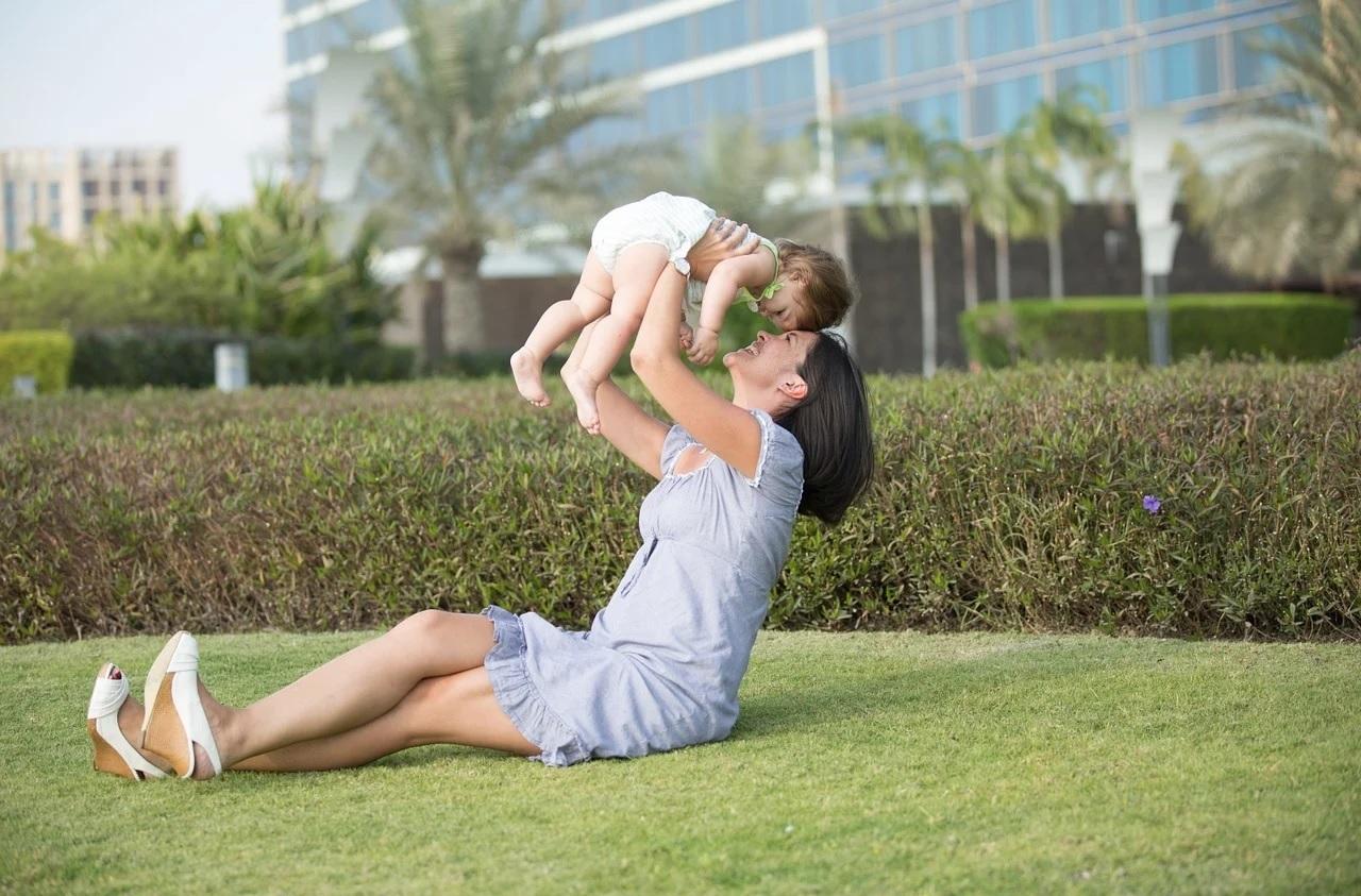 แม่คนเดียว สามารถเลี้ยงลูกคนเดียวโดยไม่มีพี่เลี้ยงหรือคนช่วยเลี้ยงได้หรอเปล่า